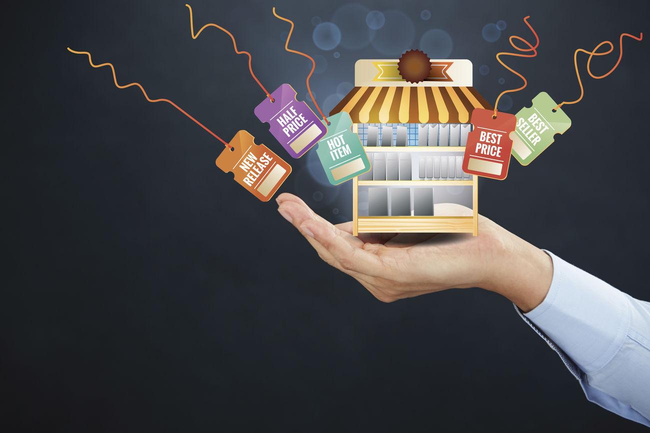 hand-holding-elements-ecommerce-system